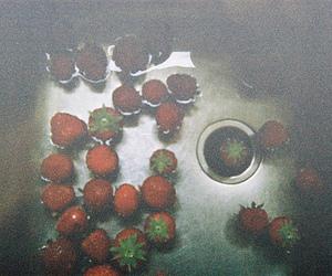 strawberry, vintage, and indie image