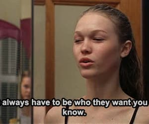 Julia Stiles, 10 things i hate about you, and gif image