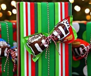 christmas, m&m's, and navidad image