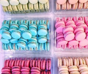 food, macaroons, and wallpaper image