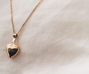 aesthetic, jewelry, and necklace image
