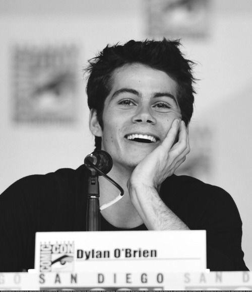 article, christmas, and dylanobrien image