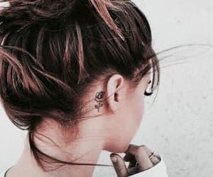 cabello and pelo image