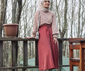 christmas, hijab blogger, and fashion image