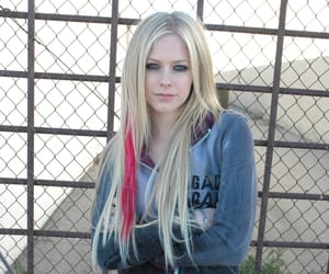 Avril Lavigne, pink, and the best damn thing image