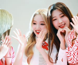 loona, gowon, and choerry image