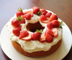 cake, comida, and dessert image