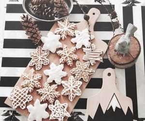 christmas, gingerbread, and snowflake image