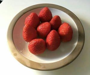 strawberry, yummy, and FRUiTS image
