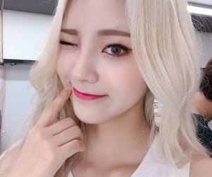 icons, jinsoul, and loona image