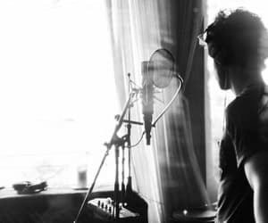 aesthetic, b&w, and singer image