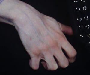 hand, bts, and yoongi image