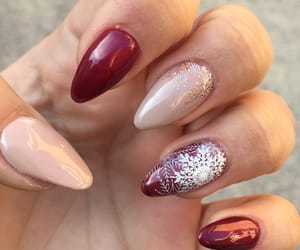 nails, natale, and Nude image
