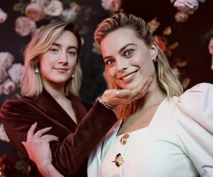 mary queen of scots, Saoirse Ronan, and margot robbie image