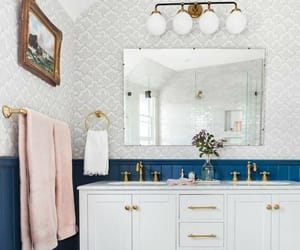 banheiro and bathroom image