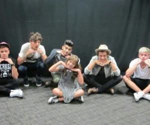 fans, 1d, and meet and greet image