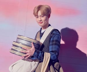 chenle, kpop, and mark image
