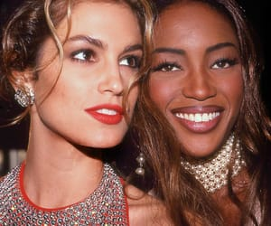90s, Naomi Campbell, and cindy crawford image
