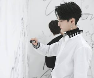 hwall and the boyz image