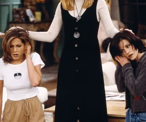 friends, tv show, and phoebe buffay image