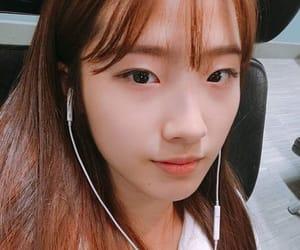 haseul, loona, and girl image