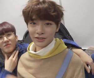 kpop and jeongin image
