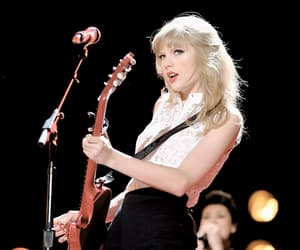 Taylor Swift, red tour, and guitar image