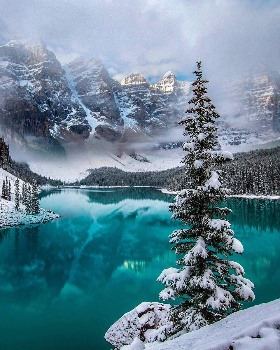 Moraine Lake Canada Shared By Lucius On We Heart It