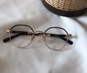 aesthetic and glasses image