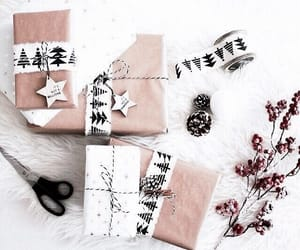 aesthetic, christmas, and gifts image