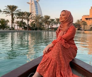 arab, Dubai, and fashion image