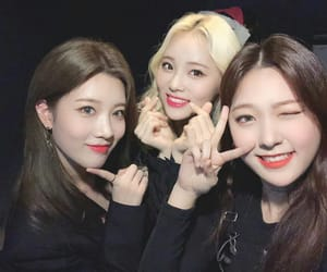 loona, jinsoul, and choerry image