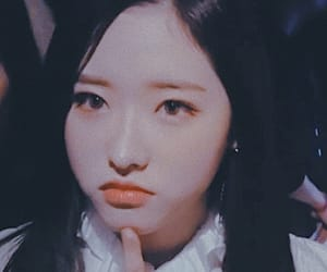 loona, loona icon, and olivia hye image