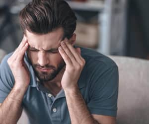 types of headaches image