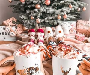 christmas, hot ​chocolate, and christmas tree image