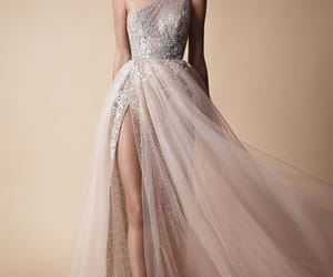 fashion, wedding dress, and berta image