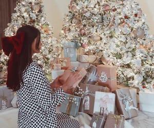 christmas, christmas tree, and hair image