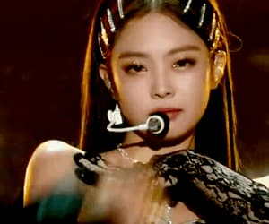 gif, solo, and jennie image