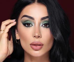 makeup, nude lips, and green eyeshadow image