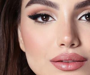 makeup, pink eyeshadow, and loveit image