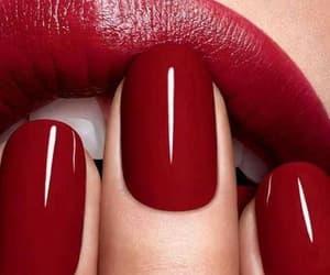 maquillaje and uñas image