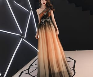 evening dress, tulle dress, and formal dresses image