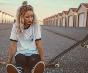 girl, skater girls, and skater fashion image