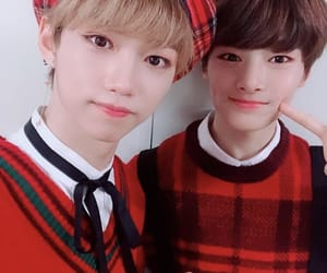 stray kids, felix, and jeongin image