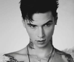 andy biersack and bvb image