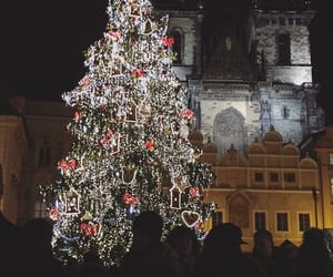 atmosphere, market, and christmas image