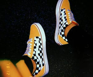 fashion, old school, and shoes image