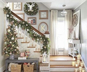 holiday and interior desinger image