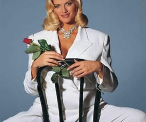 aesthetic, anna, and anna nicole smith image