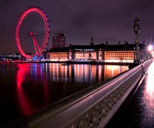 london, night, and wheel image
